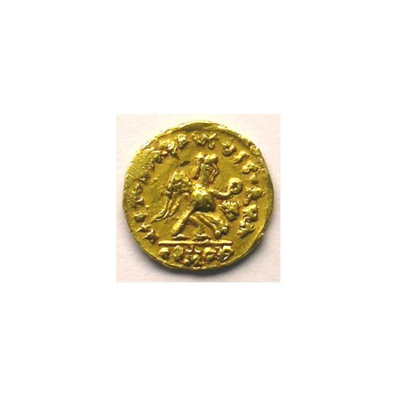 Tremissis pseudo-impérial au nom de Justin I   (env. 500-580)    TTB/TTB+