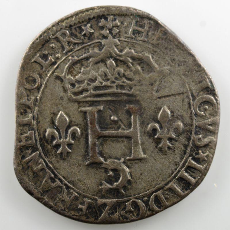 1585 Z  (Grenoble)    TB+
