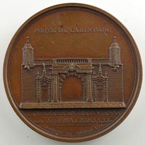 ANDRIEU/DENON   Départ de l'Empereur de Paris et entrée à Vienne   1809   bronze   40 mm    SUP