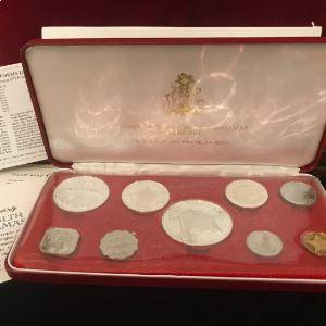 coffret de 9 pièces dont 4 en argent  Proof Set   1975    PROOF