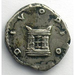 Denier frappé sous Marc-Aurèle et Lucius-Vérus   (Rome 162)    TTB+