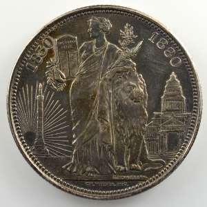 Léop. Wiener   Médaille en argent  37mm   50° Anniversaire de l'Indépendance belge   1830/1880    TTB