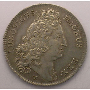 Photo numismatique  Monnaies Jetons & Médailles Jetons de l'Ancien Régime (Jetons royaux) Extraordinaire des Guerres jeton rond en argent   Louis XIV   1712    TTB
