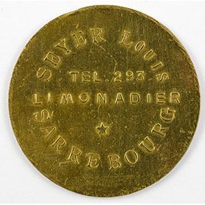 Photo numismatique  Monnaies Monnaies et jetons de nécessité d'Alsace-Moselle SAARBURG (Sarrebourg) (57) Syndicat d'Entrepositaires et Limonadiers 1 F   R, Lt  29mm   Seyer Louis    TTB
