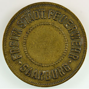 Photo numismatique  Monnaies Monnaies et jetons de nécessité d'Alsace-Moselle SAARBURG (Sarrebourg) (57) Freiw. Städt Feuerwehr (pompiers volontaires) SVI   Lt, R  25mm    TTB