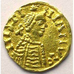 Photo numismatique  Monnaies Monnaies mérovingiennes Bourgogne Royaume franc de Bourgogne Trémissis pseudo-impérial au nom de Justinien I   (env. 550-575)    TTB/TTB+