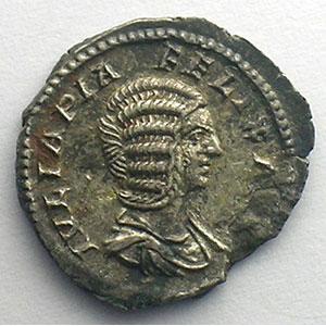 R/ DIANA LVCIFERA   (Rome 214)    TTB