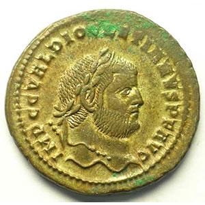 R/ GENIO POPVLI ROMANI   (Cyzique/Cyzicus 294-295)    TTB