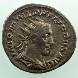 R/ P M TR P III COS P P   (Rome 246)    TTB+