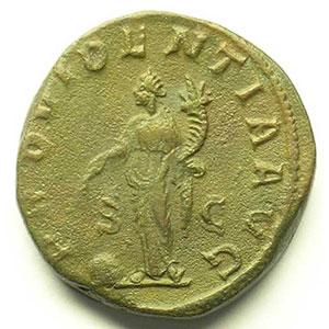 R/ PROVIDENTIA AVG SC   (Rome 235-236)    TB+