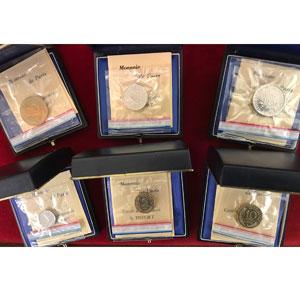 Série de 6 piéforts en métal commun   1 c, 5 c, 10c, 20 c, 1/2 F, 1 F   1976    FDC